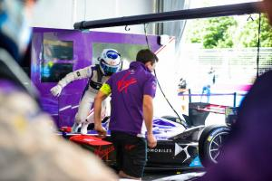 Spacesuit-Media-Nat-Twiss-Paris-ePrix-2017-0038